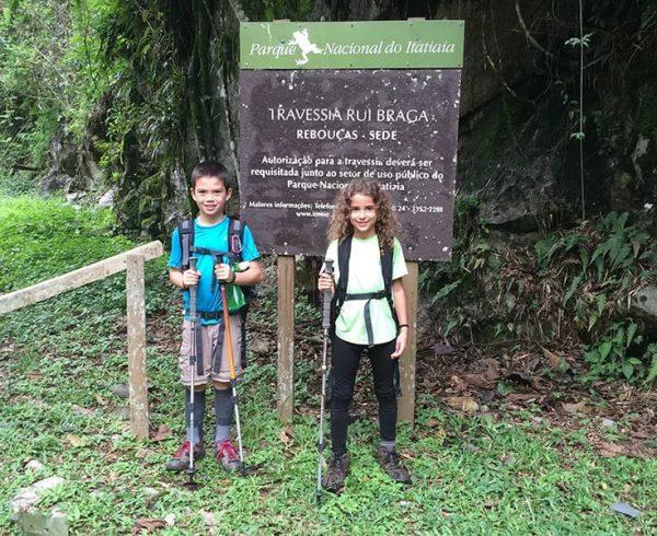 Crianças no Parque Nacional do Itatiaia